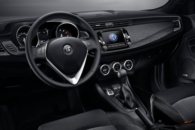 Alfa Romeo Giulietta Hatch 5Dr 1.4 TB 120PS Speciale 5Dr Manual [Start Stop] inside view
