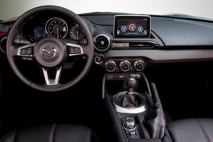 Mazda MX-5 RF 1.5 SKYACTIV-G 132PS SE-L 2Dr Manual [Start Stop] inside view